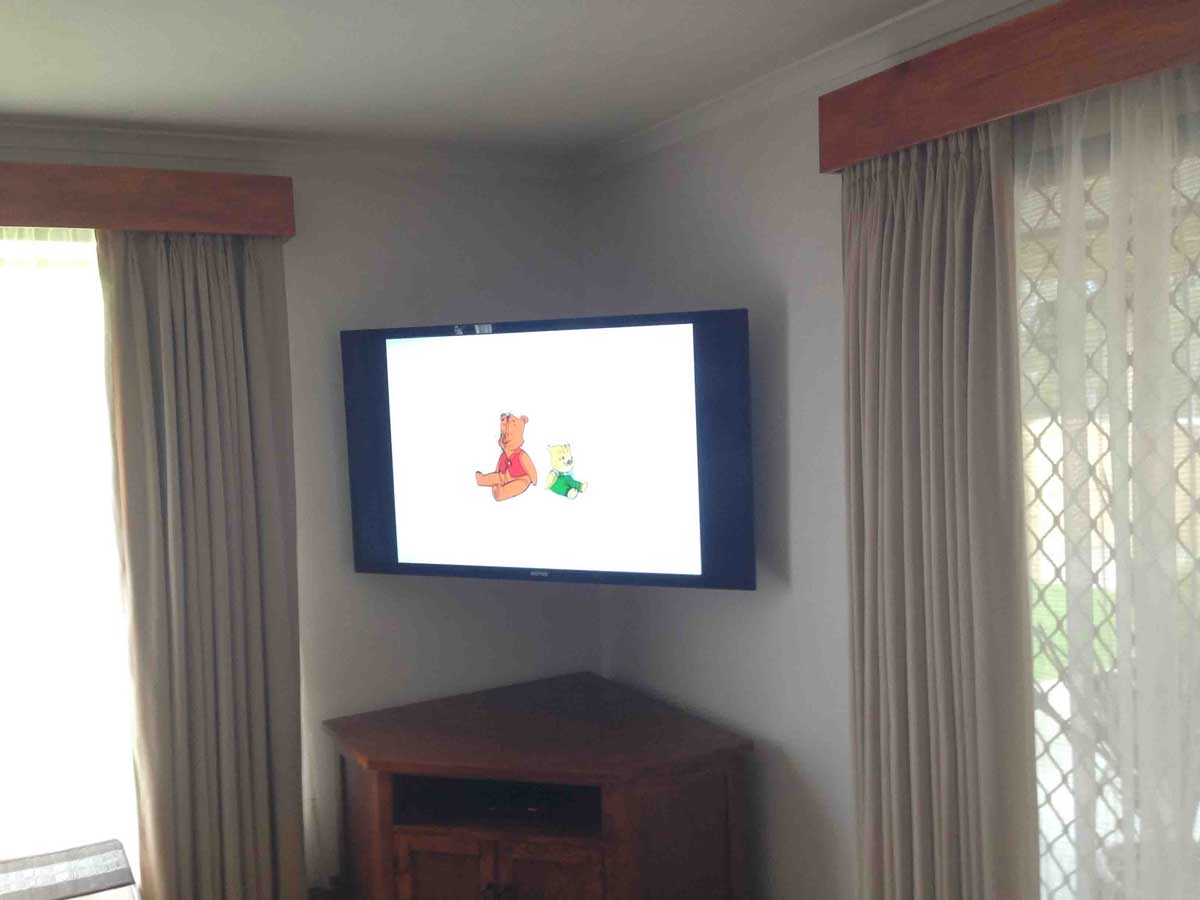 TV Wall Mount In Corner